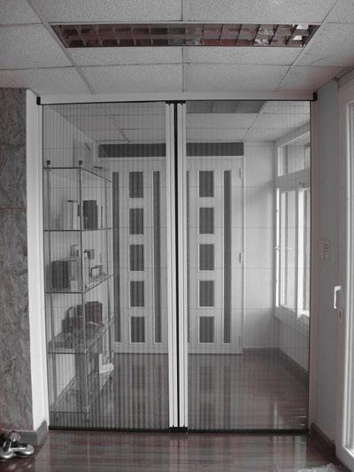 Ưu điểm của cửa lưới chống muỗi không ray