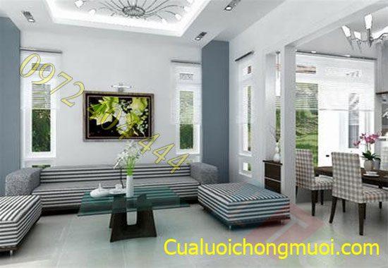 Khong_gian_thoang_dang_voi_cua_luoi_chong_muoi